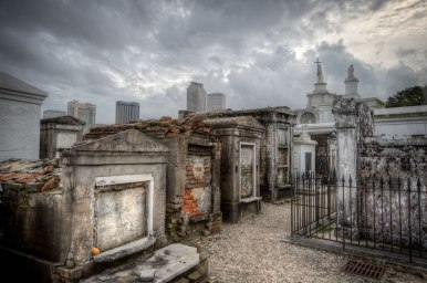 tombs-new-orleans-cemetery