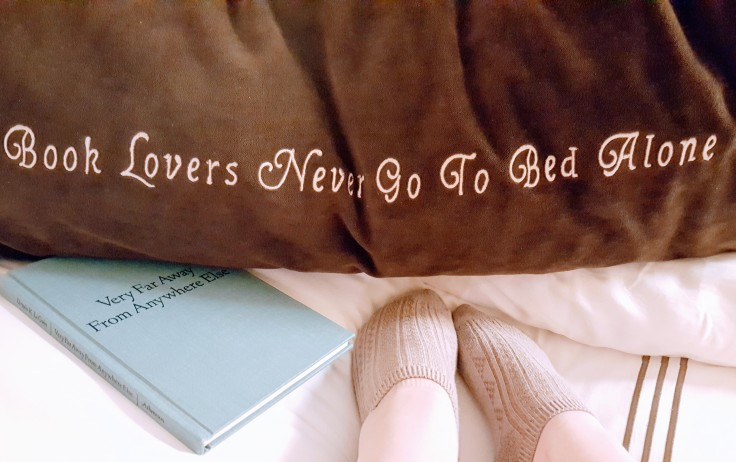 booklovers never go to sleep alone - library hotel