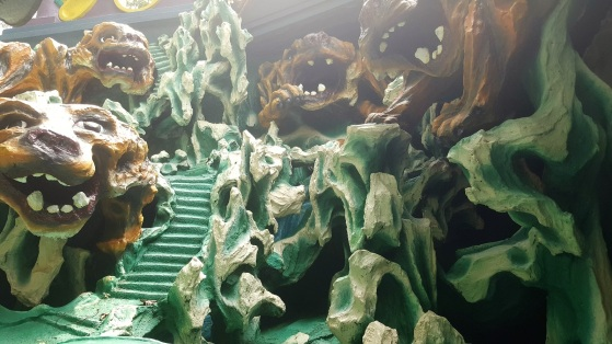 Haw Par Villa cave.jpg